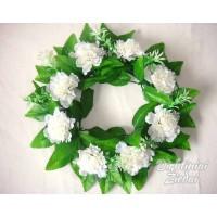Gėlių vainikas su gvazdikėliais balta sp., G1652Z